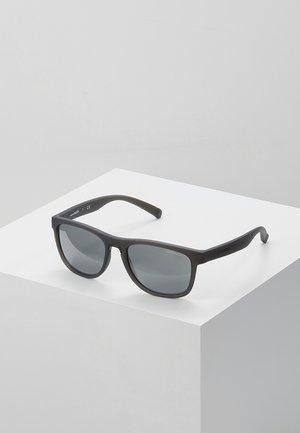 Okulary przeciwsłoneczne - matte grey