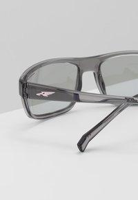 Arnette - BORROW - Solbriller - transparent grey - 3