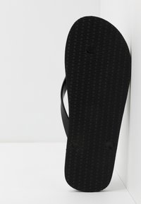 Armani Exchange - Pool shoes - black base/bordeaux - 4