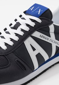 Armani Exchange - RETRO RUNNER - Trainers - navy/white - 5