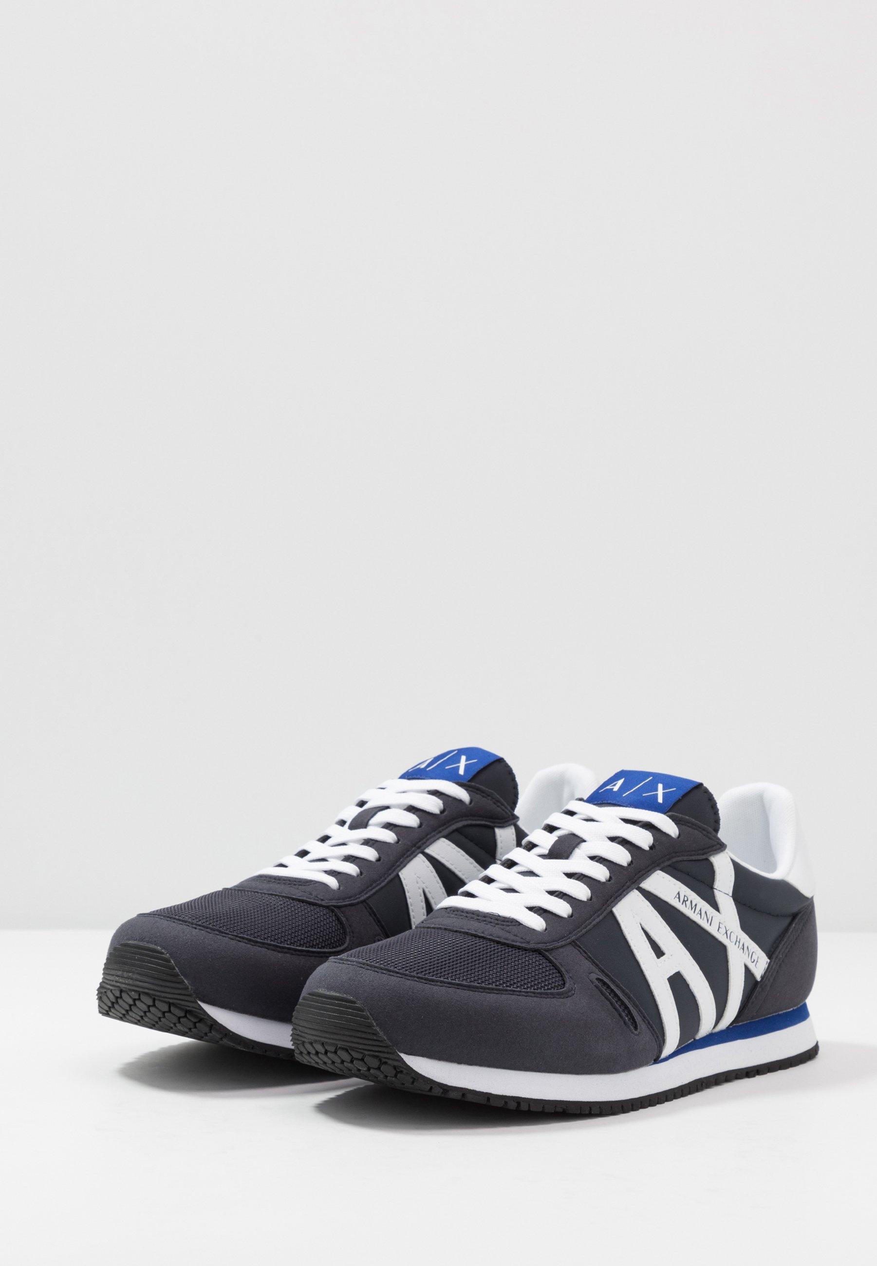 Armani Exchange RETRO RUNNER - Sneakersy niskie - navy/white