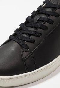 Armani Exchange - CLEAN CUPSOLE - Zapatillas - black - 5