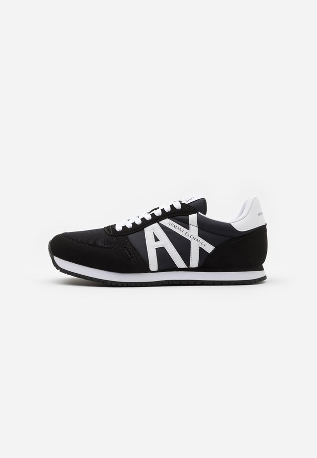 AX RETRO RUNNER - Sneakers - black/white