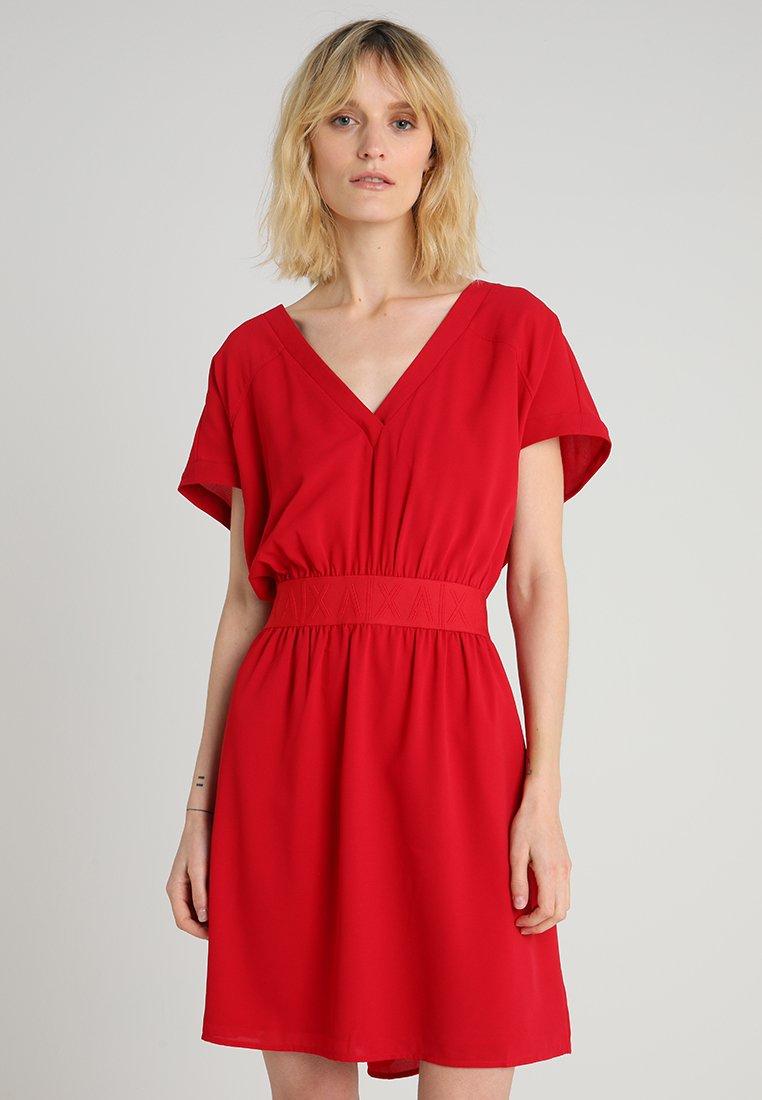 Armani Exchange - Korte jurk - red