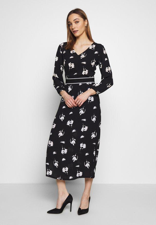 DRESS - Vapaa-ajan mekko - black/white