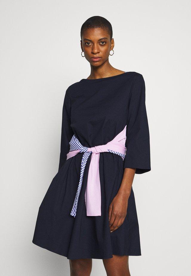 DRESS - Korte jurk - blueberry jelly