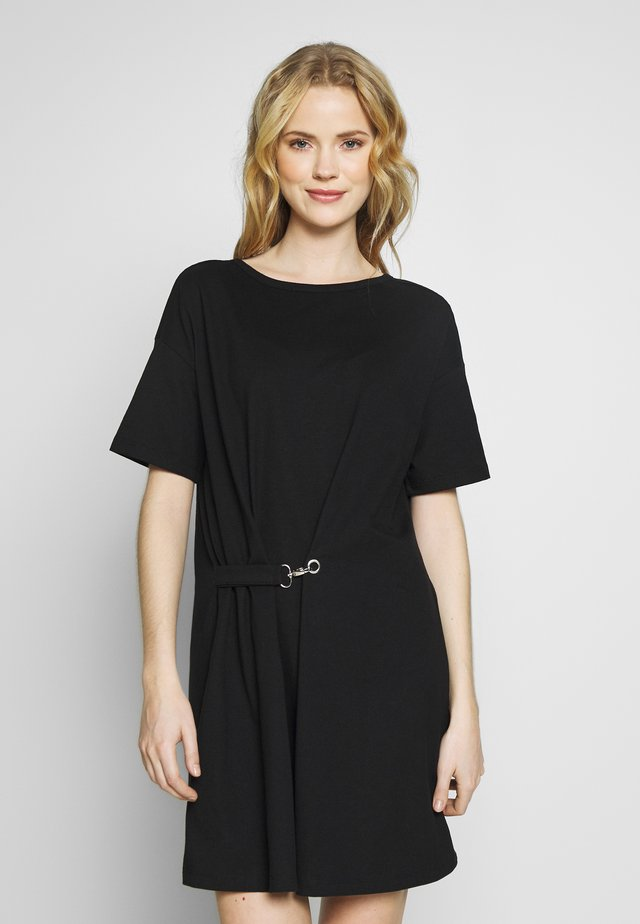 DRESS - Robe en jersey - black