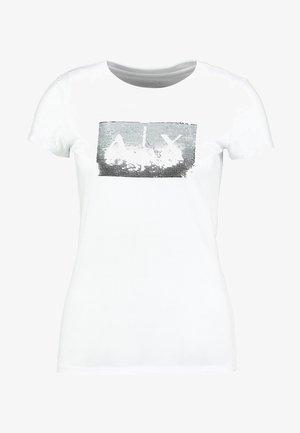 T-shirts med print - white ground