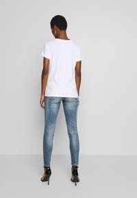 Armani Exchange - T-shirt print - optic white - 2