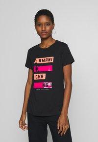 Armani Exchange - Print T-shirt - black - 0