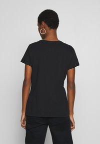 Armani Exchange - Print T-shirt - black - 2