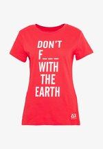 T-shirts med print - coral
