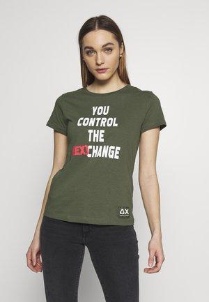 T-shirt print - zoisite control