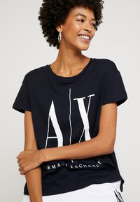 Armani Exchange - T-shirt print - navy - 3