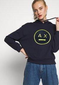 Armani Exchange - Hoodie - blueberry jelly - 3
