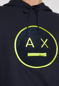 Armani Exchange - Hoodie - blueberry jelly - 5