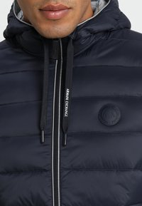 Armani Exchange - Chaqueta de plumas - navy/melange grey - 4