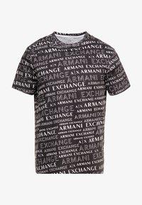 Armani Exchange - T-shirt med print - black - 3