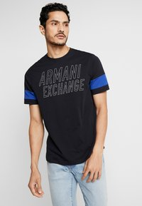 Armani Exchange - T-shirts med print - navy - 0