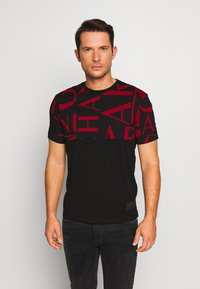 Armani Exchange - T-shirt med print - black/syrah - 0