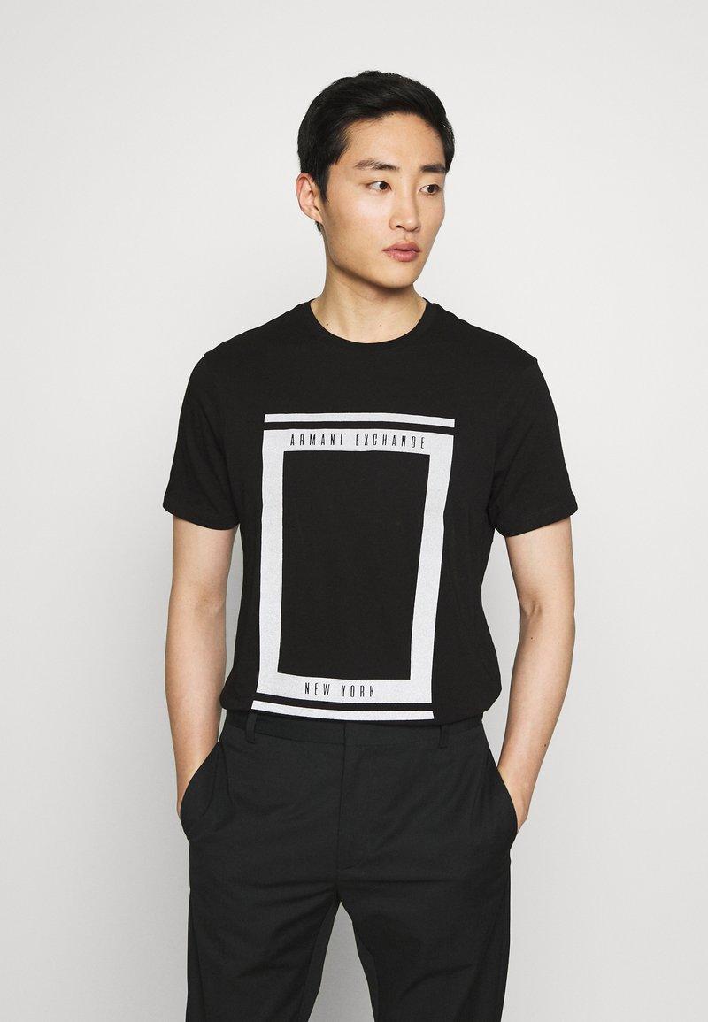 Armani Exchange - T-shirt imprimé - black