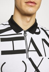 Armani Exchange - Koszulka polo - white/black - 5
