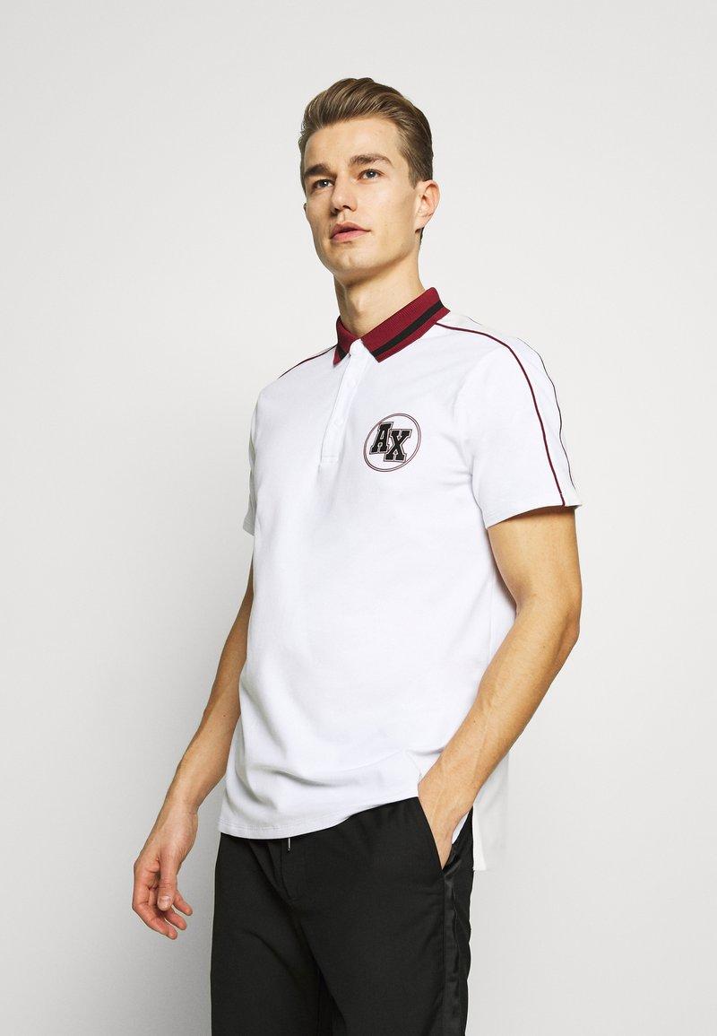 Armani Exchange - Koszulka polo - white