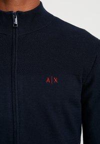 Armani Exchange - Strikjakke /Cardigans - navy - 5