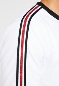 Armani Exchange - Top sdlouhým rukávem - white - 5