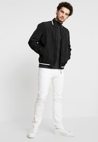 Armani Exchange - Bomberjacka - black - 1