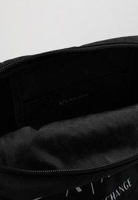 Armani Exchange - CROSSBODY BAG - Sac bandoulière - nero - 4