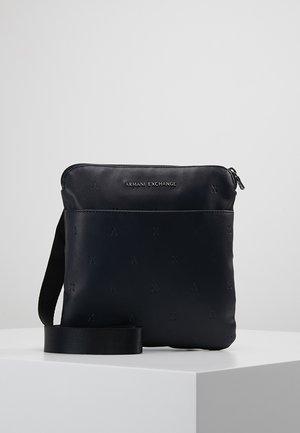 Across body bag - navy