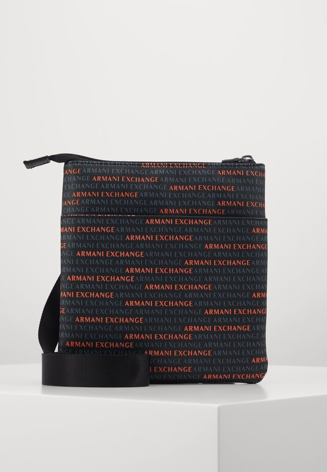 SMALL CROSSBODY BAG - Sac bandoulière - black/orange
