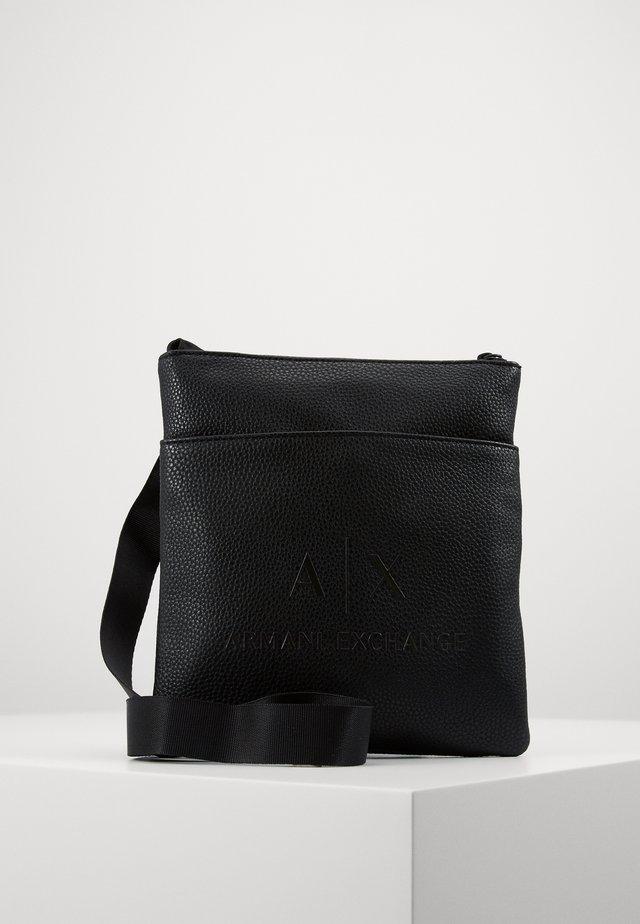 SMALL FLAT CROSSBODY BAG - Olkalaukku - black/gunmetal