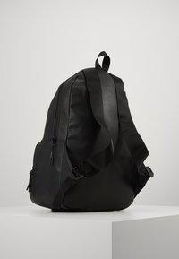 Armani Exchange - BACKPACK - Reppu - black/gunmetal - 2