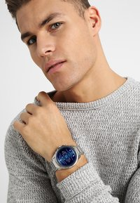 Armani Exchange Connected - Smartwatch - silver-coloured - 0
