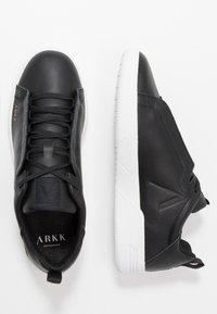ARKK Copenhagen - UNIKLASS - Sneakers laag - black - 1