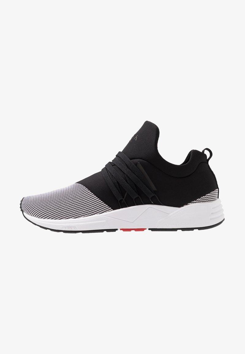 ARKK Copenhagen - RAVEN S-E15 - Sneakersy niskie - black/white