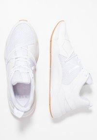 ARKK Copenhagen - ASYMTRIX  - Zapatillas - white - 1
