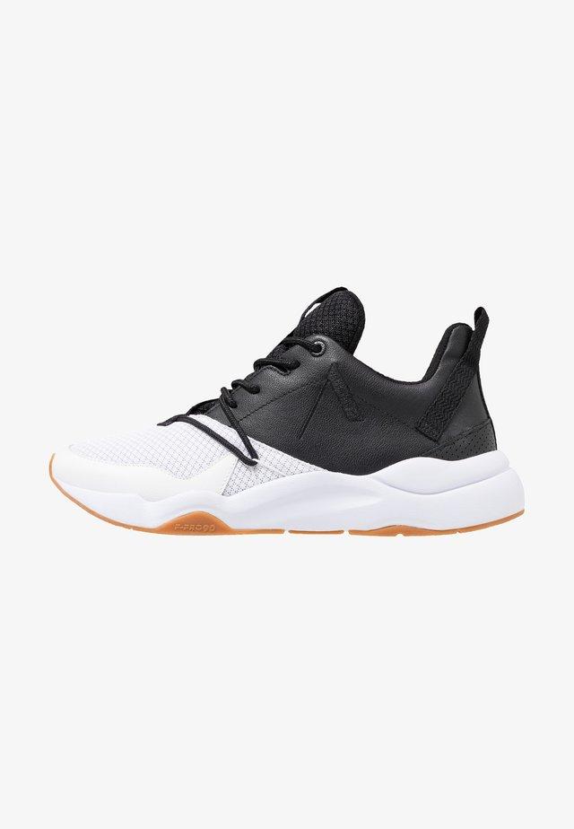 ASYMTRIX  - Sneaker low - black/white