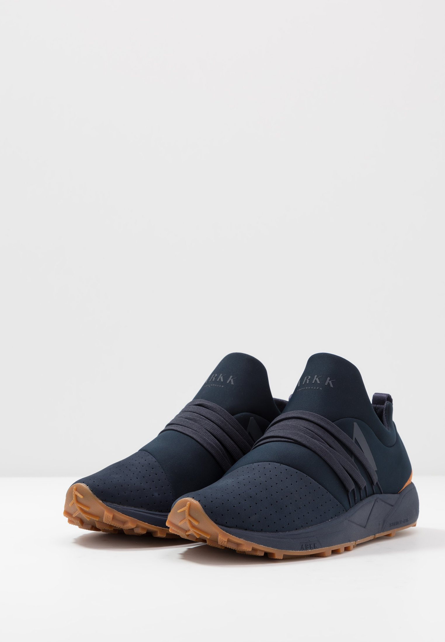 ARKK Copenhagen RAVEN S-E15  - Sneaker low - midnight - Black Friday