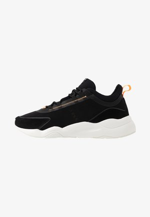 LYRON F-PRO90 - Sneakers - black/orange glow