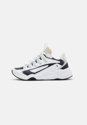 APAZE F-PRO 90 - Sneakers - white/silver/birch