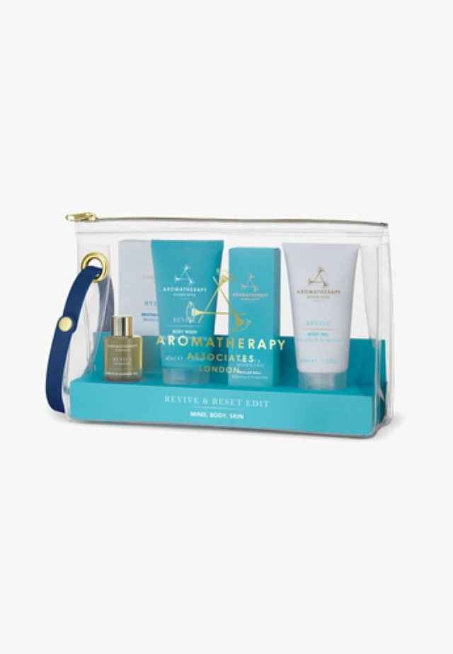 AROMATHERAPY ASSOCIATES REVIVE & RESET EDIT - Bath and body set - -