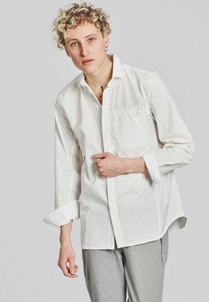 Shirt - clouded white
