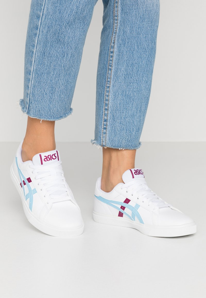 ASICS SportStyle - CLASSIC - Trainers - white/arctic sky