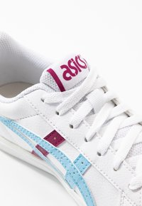 ASICS SportStyle - CLASSIC - Trainers - white/arctic sky - 2