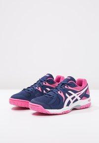 ASICS - GEL-COURT HUNTER 3 - Volleybalschoenen - indigo blue/white/azalea pink - 2