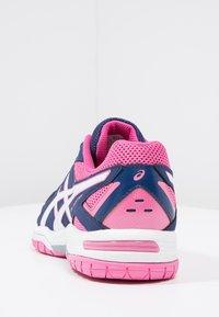 ASICS - GEL-COURT HUNTER 3 - Volleybalschoenen - indigo blue/white/azalea pink - 4