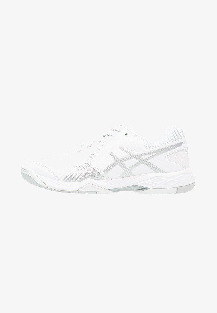 ASICS - GEL-GAME 6 - Chaussures de tennis pour terre-battueerre battue - white/silver